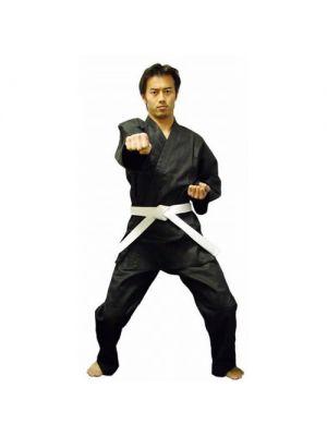 črno karate kimono